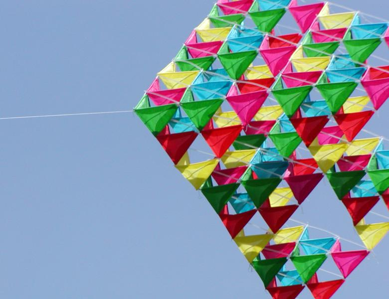Tetrahedron Kite Template 100 cell tetra - class project